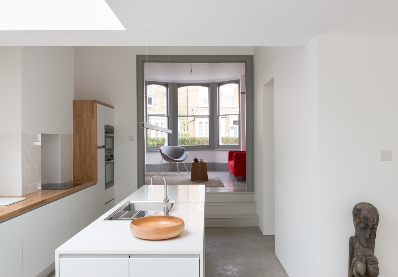 A terraced house reborn for Split level extension ideas