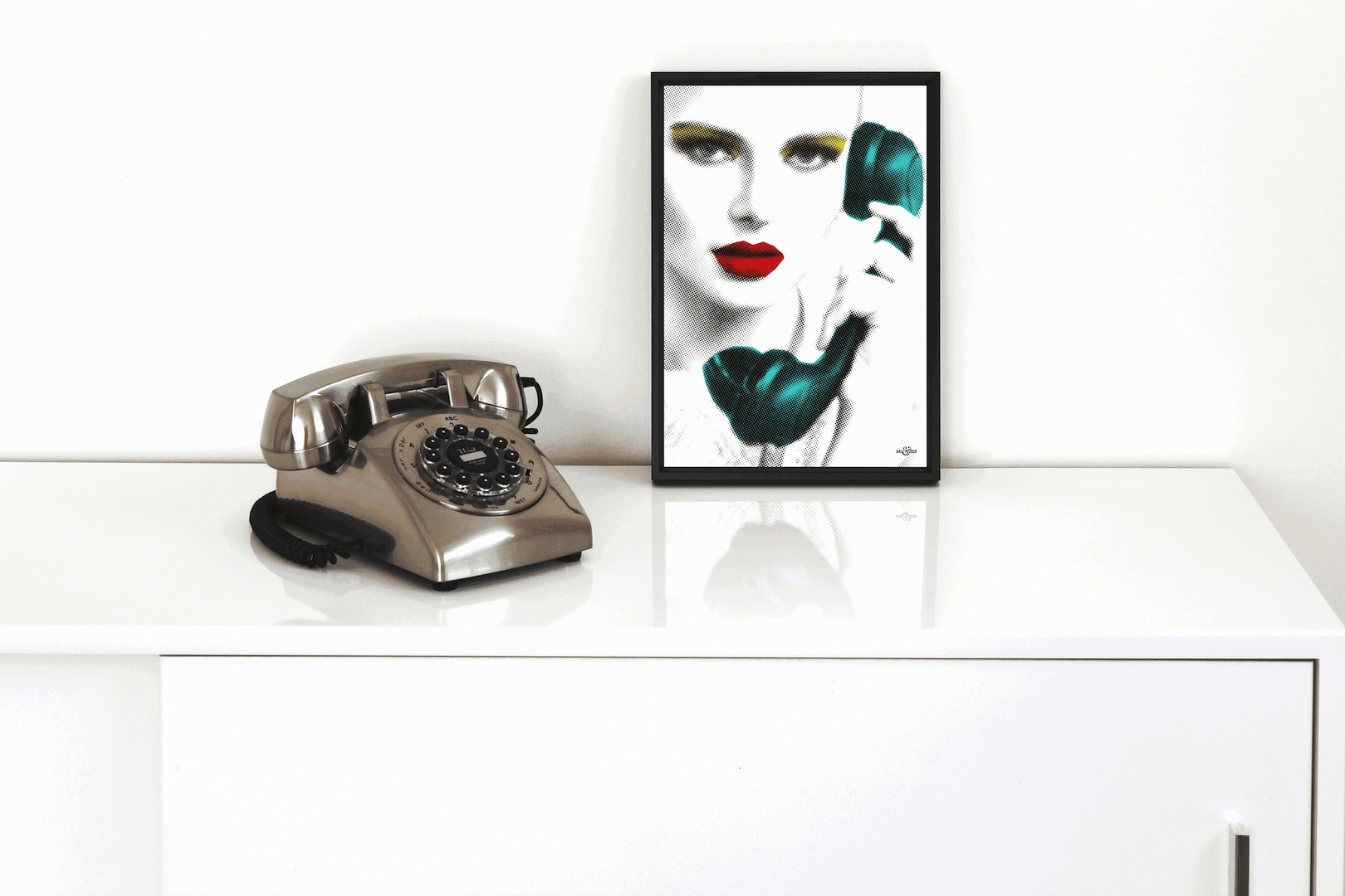 A4 Phone Caller Frame Art & Hue