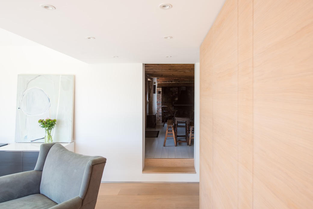 The Renovated Castlehurst Cottage In East Sussex