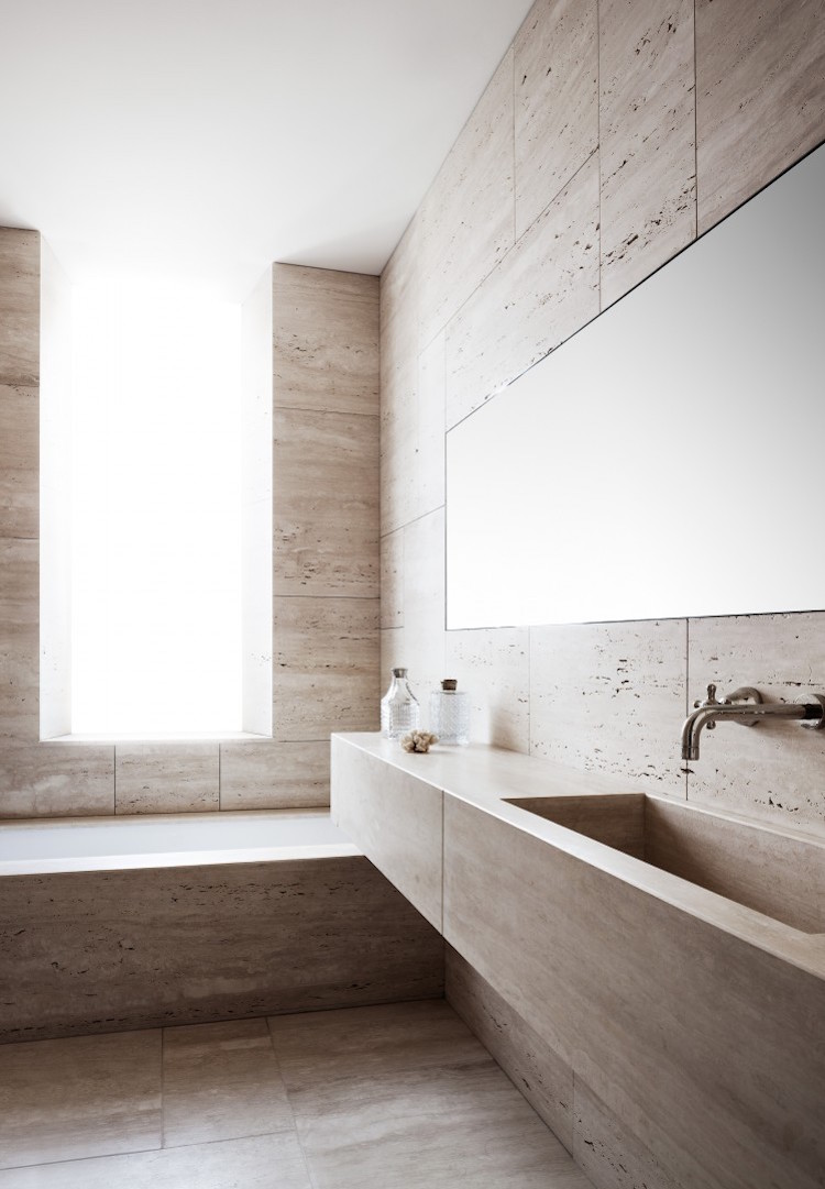 Apartment in Rome by Quincoces Dragò & Partners; photo by Alberto Strada.