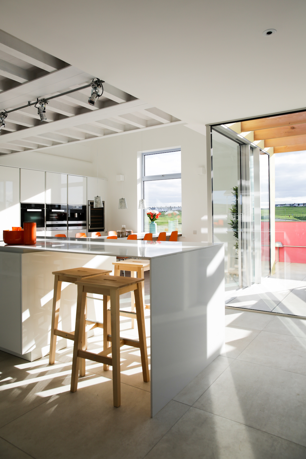 Ash Row, Cornwall, by Hogarth Architects, marketed by Aucoot.